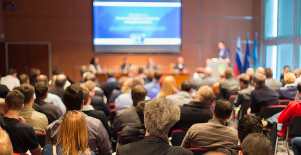 five mistakes to avoid when hosting a corporate event zaum